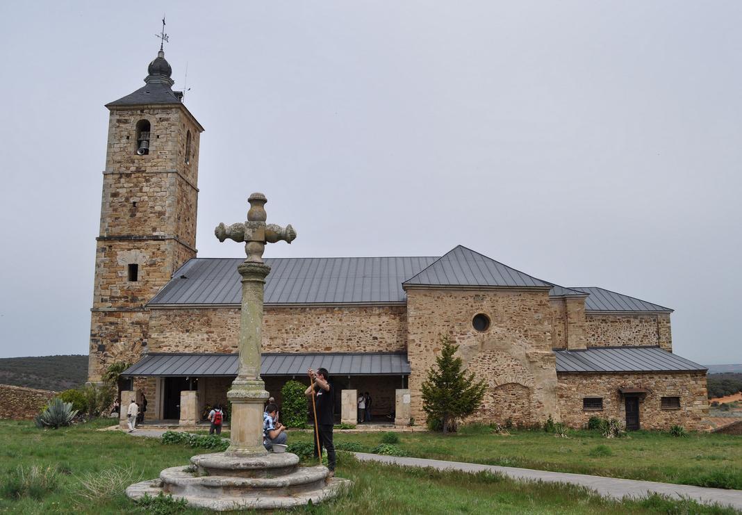 La Virgen de Castrotierra – CASTROTIERRA DE VALDUERNA (León)